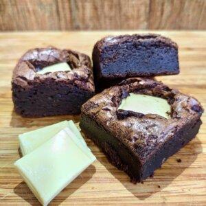 Brownie de chocolate 70% e chocolate branco Pólen sem glúten